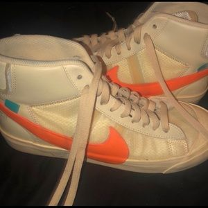 Off white shoes , authentic